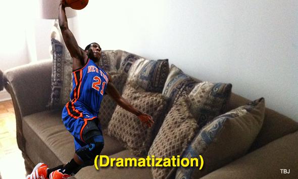 iman-shumpert-couch-dunk